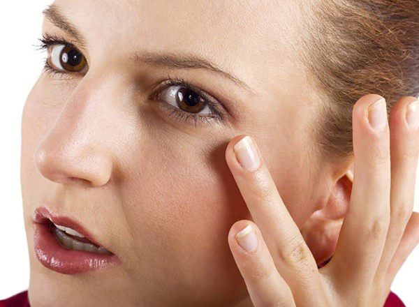 Tiết lộ 3 nguyên nhân gây nếp nhăn ở mắt đa số phụ nữ mắc phải