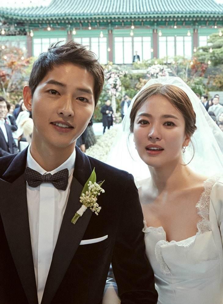 """""""Học lỏm"""" bí quyết trang điểm cô dâu Hàn Quốc trong trẻo, đẹp tinh khôi như Song Hye Kyo"""