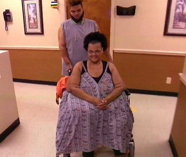 Không thể dự đám tang chồng vì quá béo, người phụ nữ quyết tâm làm điều không tưởng