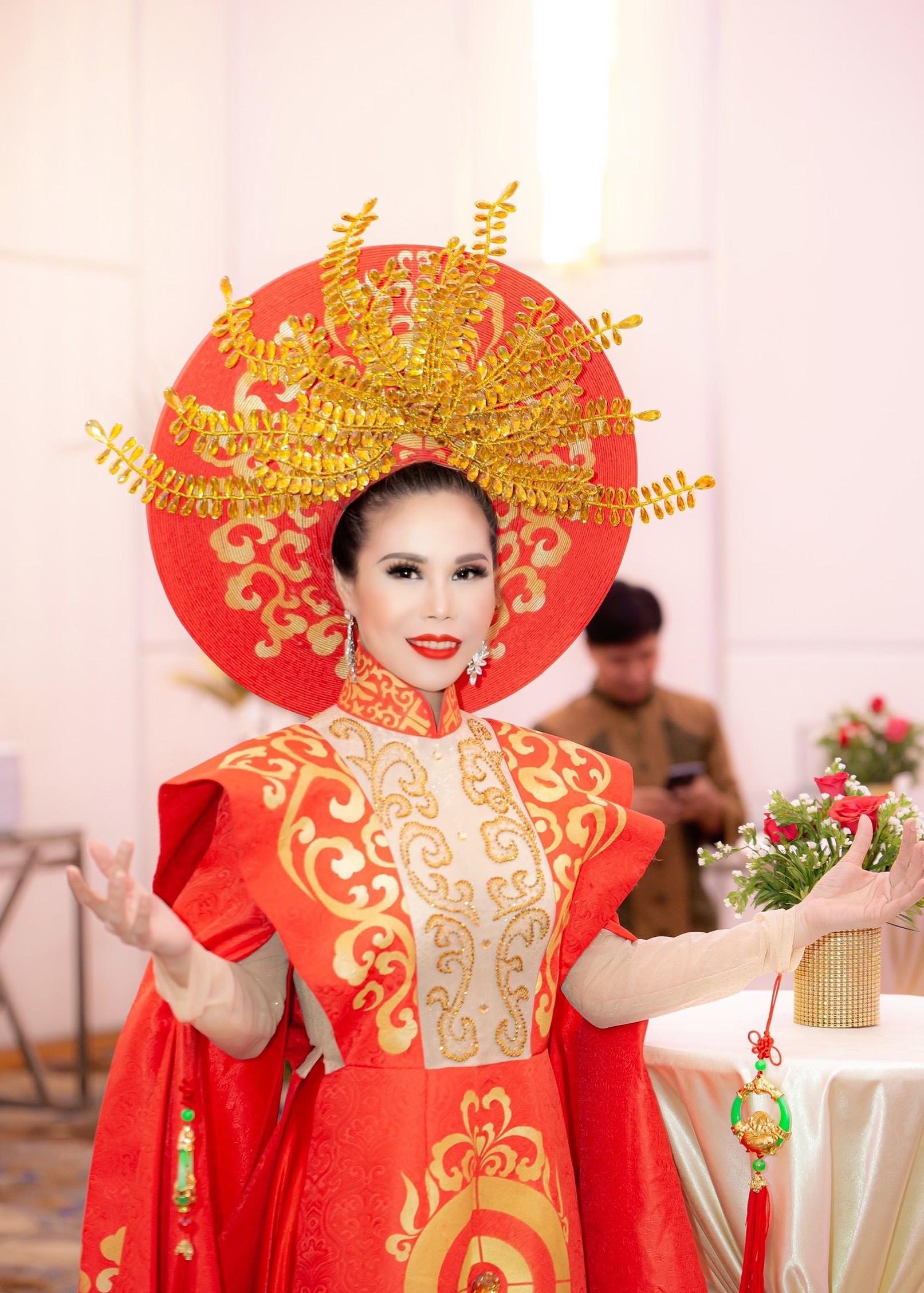 Nguyễn Phong Lan ghi dấu ấn tại chương trình đề cử Bông hồng vàng Asian 2020