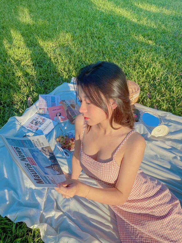 Những khuôn hình sexy mà không phản cảm của hot girl Lạng Sơn